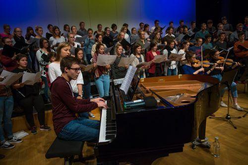 Mit dem Landesjugendchor sind Ende Dezember die letzten Auftritte unter Oskar Egle geplant. VN/PS