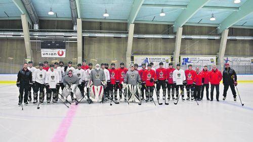 Mit vier Vorarlbergern startet Österreichs Unter-20-Nationalmannschaft die Vorbereitung auf die A-WM in Edmonton. ÖEHV