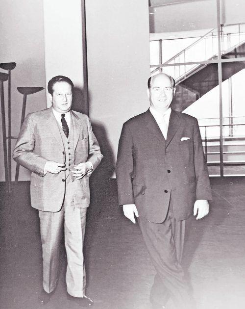 Nationalrat Franz Grubhofer (r.) mit Außenminister Bruno Kreisky 1962 im UNO-Hauptquartier in New York.