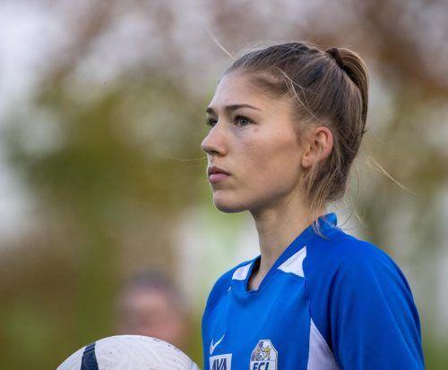 Sarah Klotz und der FC Luzern holten in St. Gallen immerhin einen Punkt.hfl