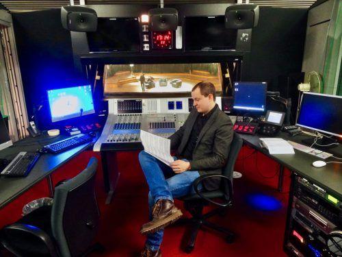 Stefan Höfel spricht über die Potenziale des Mediums Radio. Zwischentöne