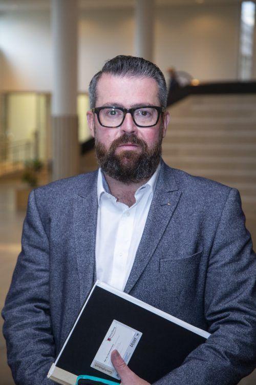 Verkehrsexperte Jörg Zimmermann stellt sich den Fragen der Leser. VN/RP