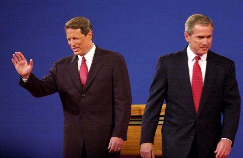 Viele Beobachter fühlen sich durch Trumps Klagen an das Jahr 2000 erinnert, als die Wahl zwischen Gore und Bush letztlich vom Obersten Gerichtshof entschieden wurde. AFP