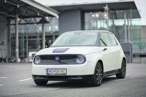 Zukunftstechnik in Retro-Verpackung: Der Honda e ist eine Ausnahmeerscheinung unter den E-Fahrzeugen am Markt.VN/Paulitsch