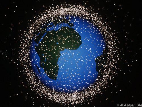 2025 soll erstmals ein Stück Schrott gezielt zurückgebracht werden. ESA