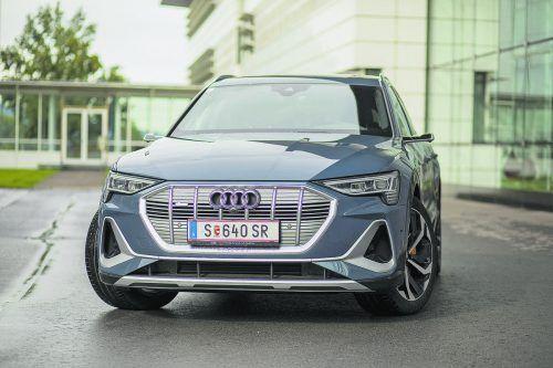 Audi e-tron Sportback zelebriert den wuchtigen Auftritt: Da will einer in der E-Szene ordentlich dazwischenfunken. VN/Paulitsch