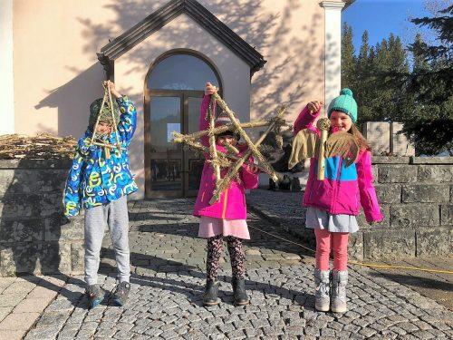 Bucher Kindergarten- und Volksschulkinder legten sich für die Tradition voll ins Zeug.mst