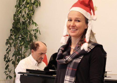 Claudia Schelling wird am Klavier begleitet von Franz Canaval.erh