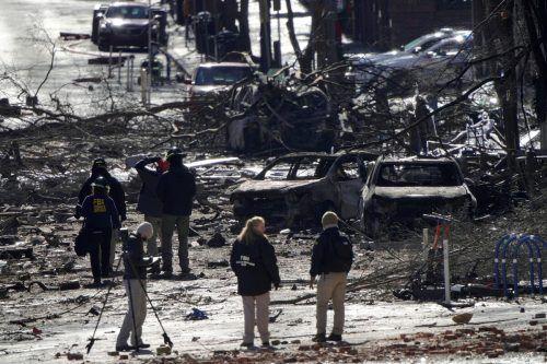 Das FBI untersucht die völlig zerstörten Teile der Innenstadt. reuters