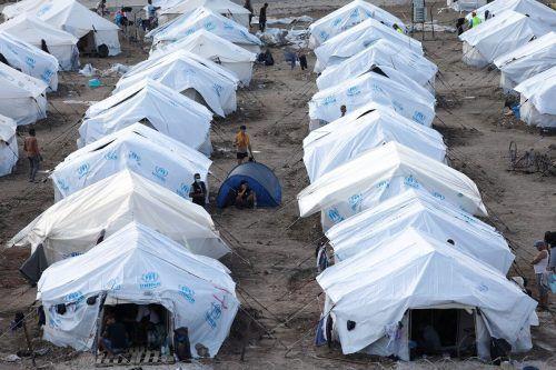 Das Lager Kara Tepe wird wohl noch einige Monate bestehen. Reuters