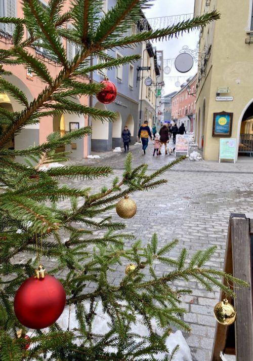 Die Einkaufsgutscheine fanden in Bludenz in der letzten Woche reißenden Absatz. Die von der Stadt zur Verfügung gestellten Mittel sind bereits erschöpft.VN/JS