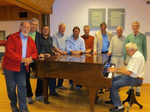 """Die gereiften """"Sängerknaben"""" der Männerschola Göfis ziehen sich alters- und coronabedingt zurück.Männerschola Göfis"""