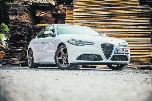 Die Giulia ist eine klassische Schönheit, das Facelift nur ein technisches Update. Die sportliche Limousine ist ein klassisches Fahrerauto geblieben.VN/sams