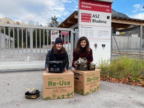 Die Re-Use-Box kann unter anderem mit Haushaltsgegenständen, Spielsachen und Dekogegenständen befüllt werden.Stadt