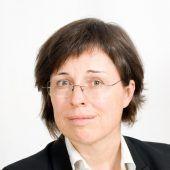 """<p class=""""caption"""">Dr. Eva Grabherr steht der Impfung erwartungsvoll gegenüber. grabherr</p>"""