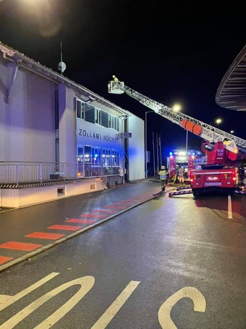 Ein elektrischer Defekt war die Ursache des Feuers. FW HÖCHST