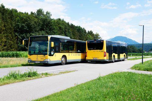 Fahrplan wechsle dich – am 13. Dezember werden die Bus- und Bahnfahrpläne angepasst. Mit einem Flyer wird über alle Änderungen informiert.Stadtbus/MArcel Hagen