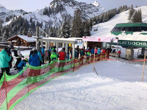 Auslastung mit Wintersportlern in Vorarlberger Skigebieten lässt für Seilbahner coronabedingt zu wünschen übrig. VN