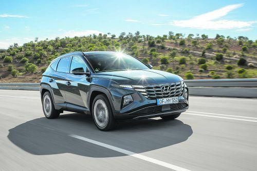 Hyundai Tucson neu: Design aus dem Computer, Technik aus dem Regal. Das weitgehend elektrifizierte Antriebsportfolio ist breit gefächert. Werk