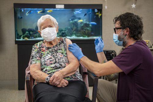 Im eidgenössischen Luzern begannen am Mittwoch die Impfungen in den Pflegeheimen des Kantons. APA