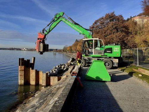 Im Rahmen des Hochwasserschutzes wurde im Bereich Landesstraße L 190, ÖBB-Bahntrasse und Pipeline eine neue Verrohrungsstrecke für den Wellenaugraben zur schadlosen Ableitung des Gerinnes in den Bodensee geschaffen.bms