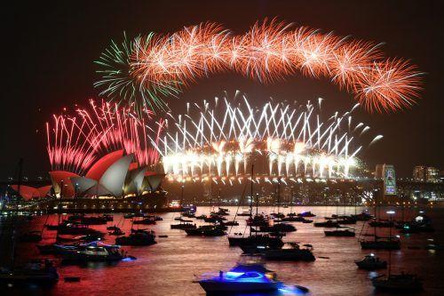 In der australischen Metropole Sydney steht auch heuer ein Feuerwerk auf dem Programm – coronabedingt dürfen sich keine Zuschauer im Hafen einfinden. AP