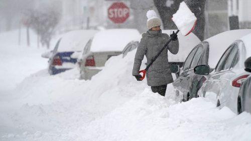 In einigen Regionen fielen bis zu 60 Zentimeter Schnee. AP