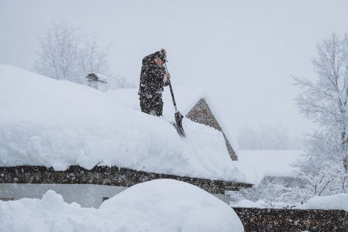 In Lienz hat es in der Nacht auf Mittwoch erneut heftig geschneit. APA