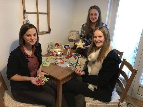 """Michaela Amann, Lisa-Maria Pozetti und Christina Zimmermann riefen die Aktion """"Sterne für Sternenkinder"""" ins Leben.Erhart"""