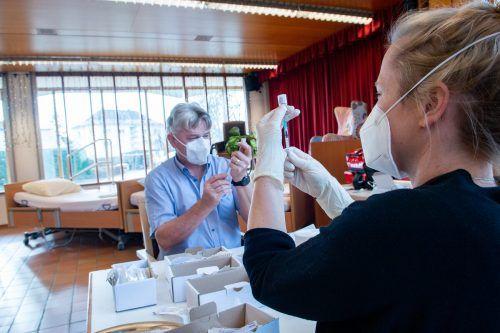 Das Pflegeheim in Höchst war eines der ersten in Vorarlberg, in dem der Coronaimpfstoff zur Anwendung kam.vlk/serra