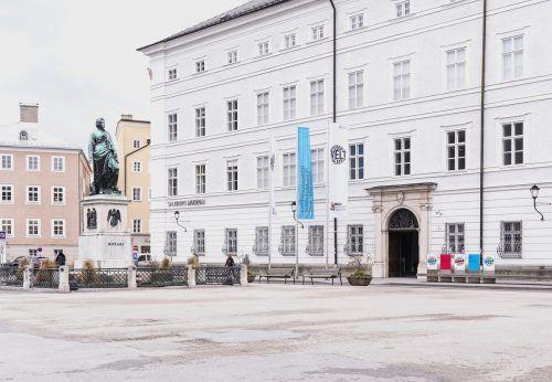 Standort der Belvedere-Dependance ist das Residenz-Gebäude am Salzburger Mozartplatz. museum