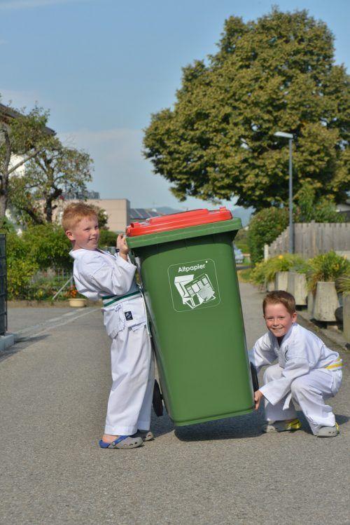 Weniger Druck- und keine Versandkosten gilt es durch die Abfallapp zu stemmen.Stadt