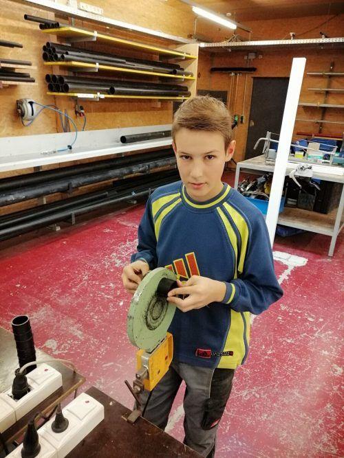 Adrian Salzgeber zieht es von der Ausbildung her ins technische Handwerk.