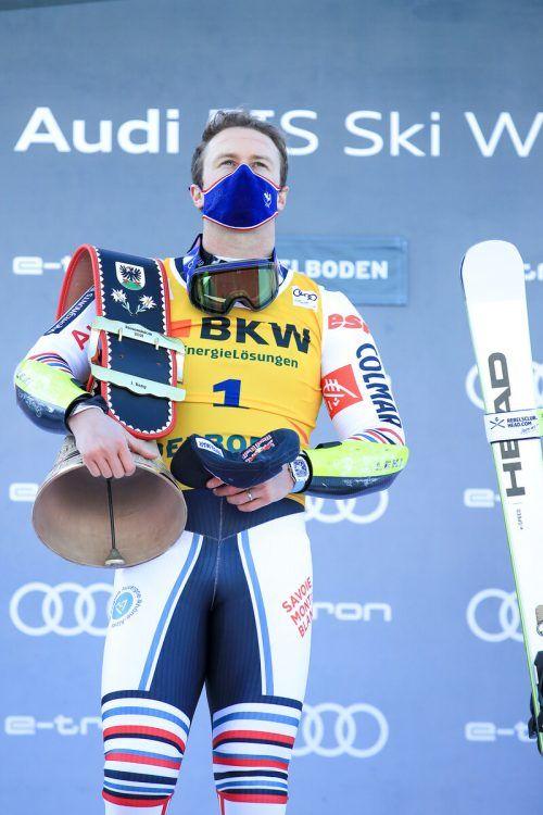 Alexis Pinturault holte sich in Adelboden seine zweite große Kuhglocke ab, der Franzose hatte schon 2017 den Riesentorlauf für sich entschieden.gepa