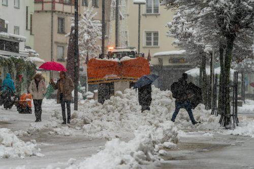 Auch in Dornbirn türmte sich Schnee. D. Stiplovsek