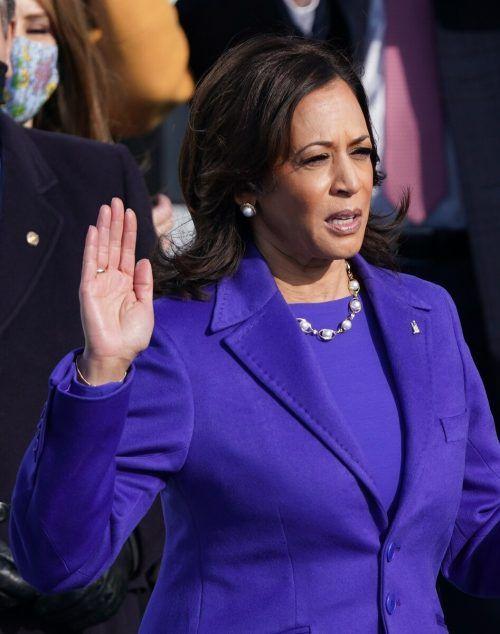 Auch Vizepräsidentin Kamala Harris legte den Amtseid ab.