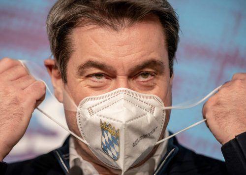 Bayerns Landesvater Markus Söder will nur noch FFP2-Masken sehen.afp