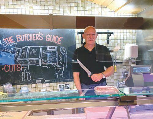 Bei Jürgen in der Dornbirner Stadtmetzg gibt es nicht nur Fleisch mit Ursprungszeugnis, sondern auch eine Auswahl an Feinkost - der Genussguide hat das mit einem Award belohnt.FA