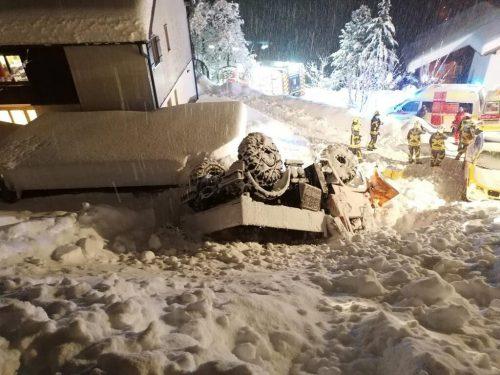 Bereits in den frühen Morgenstunden beschäftigte das Schneechaos die Einsatzkräfte. Feuerwehr Dalaas