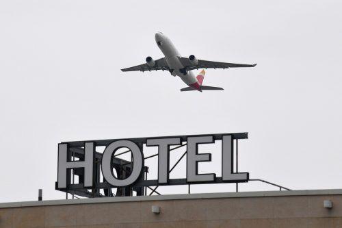 Berichten zufolge müssen die Einreisenden die Hotel-Quarantäne selbst bezahlen. AFP