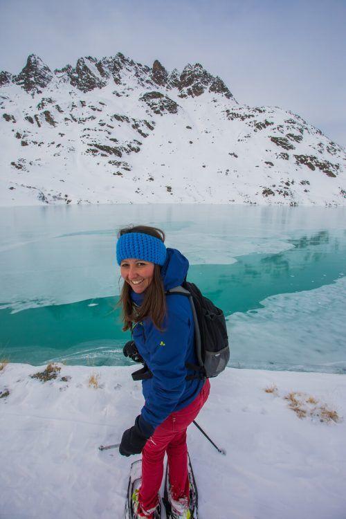 Bianca aus Dornbirn im Jänner des Vorjahres beim Schneeschuhwandern auf der Bielerhöhe. VN/Steurer