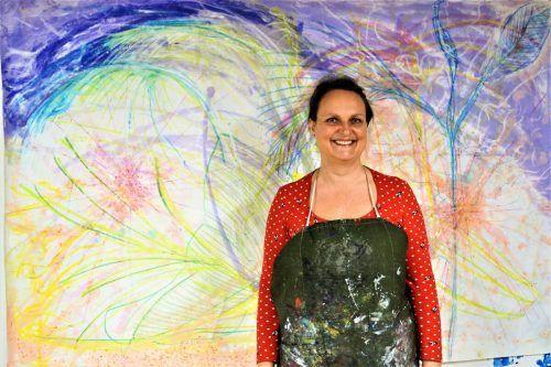 Claudia Mang stellt ihre Bilder unter anderem im Frauenmuseum Hittisau aus.yas (3)