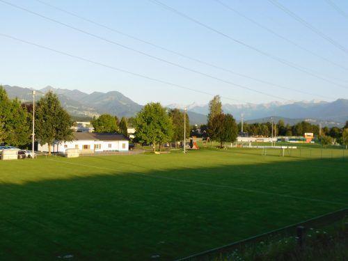 Bei einem positiven Baubescheid soll bereits im Herbst mit dem Umbau der Sportanlage in Koblach begonnen werden. MIMA