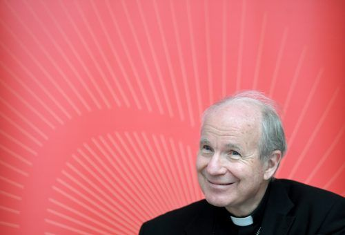 Der Kardinal erhielt im Spital seine Impfung. APA
