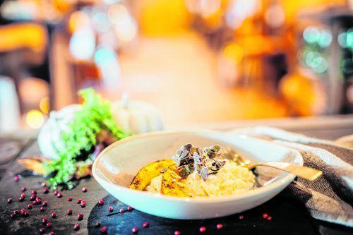 Der klassiker Veltlinerrisotto, kombiniert mit gegrillten Hokkaidospalten. Schmeckt köstlich und dauert nicht lange.Frederick Sams