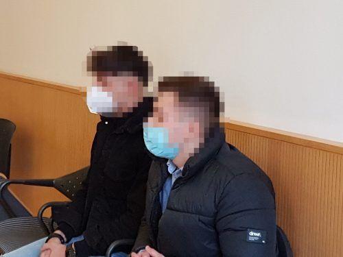 Die beiden jungen Angeklagten werden wieder vor Gericht erscheinen müssen, es werden noch Zeugen benötigt. ECKERT
