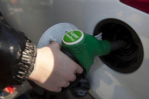 Die Erdölindustrie ist überzeugt, dass es auch in den kommenden Jahren nicht ohne kohlenwasserstoffbasierte Kraftstoffe gehen wird. VN/Paulitsch