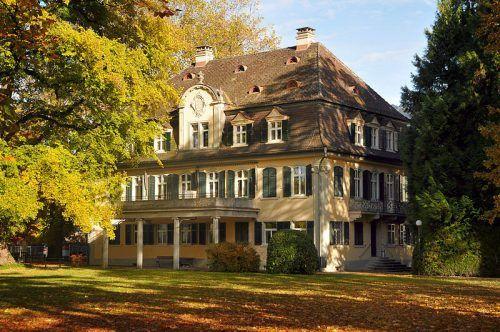 Die Villa Liebenstein in der Bregenzer Arlbergstraße hat eine bewegte Geschichte. Seit 1984 ist hier die Musikschule untergebracht.F. Böhringer
