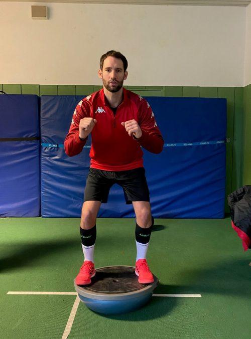 Dominik Schmid (Bild) ist einer von vier Hardern bei der WM-Endrunde.ÖHB