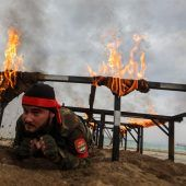 <p>Ein von der Türkei unterstützter syrischer Kämpfer absolviert bei Al-Maatbatli im Nordwesten der Provinz Aleppo eine Militärausbildung. AFP</p>